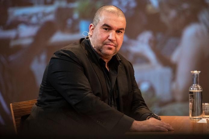 Khalid Oubaha heeft steeds geroepen dat bij zijn horecazaken niet gecontroleerd gaat worden op de coronapas. De gemeente Nijmegen gaat zijn zaken sluiten als morgen blijkt dat hij voet bij stuk heeft gehouden.