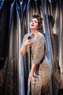 Roza Herwig tijdens de voorstelling.