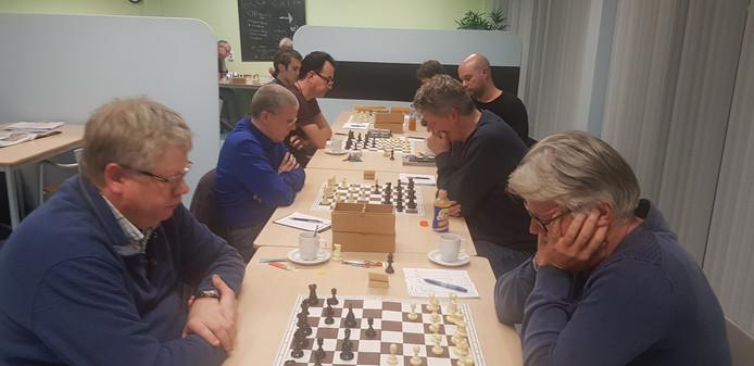 De ASV-ers Dirk Hoogland (rechts), Peter Boel en Michiel Blok.