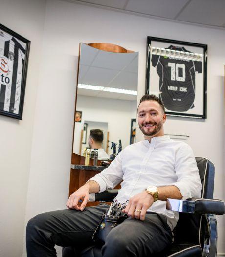 Wie knipt toch de spelers van Heracles Almelo? Robek (28), die ooit uit Syrië vluchtte