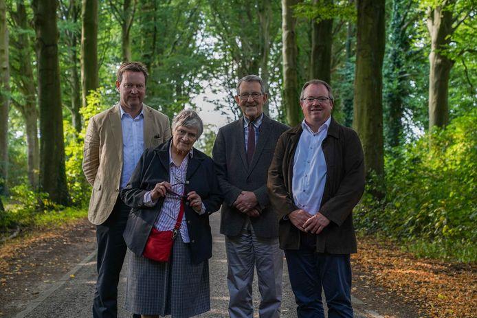 Jonkheer Henri Moretus Plantin de Bouchout, Graaf Reynald Moretus Plantin de Bouchout met zijn echtgenote en burgemeester Koen T'Sijen (PRO Boechout&Vremde).