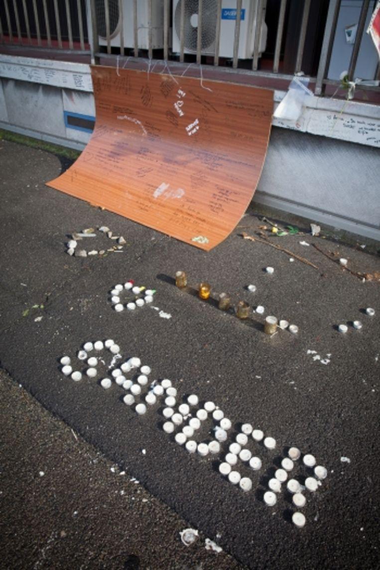 'In de nacht van 22 augustus 2011 viel de zestienjarige Sander Van Yper te pletter van de negende verdieping van een appartementsgebouw. Mogelijk was hij het eerste dodelijke slachtoffer van steaming in ons land' Beeld