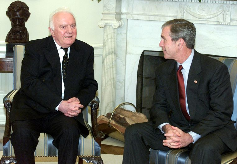 Sjevardnadze in 2001 met zijn Amerikaanse bondgenoot George W. Bush. Beeld getty