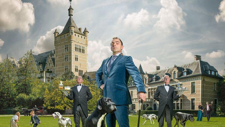 Nieuw VIER-programma 'De Blauwe Gids' toont het leven van de moderne aristocraat. Die teert niet op geërfde titels en oud geld, maar wel op ondernemerschap. Beeld kos