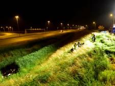 Pechvogel krijgt eigen auto over zich heen bij oprit Culemborg A2
