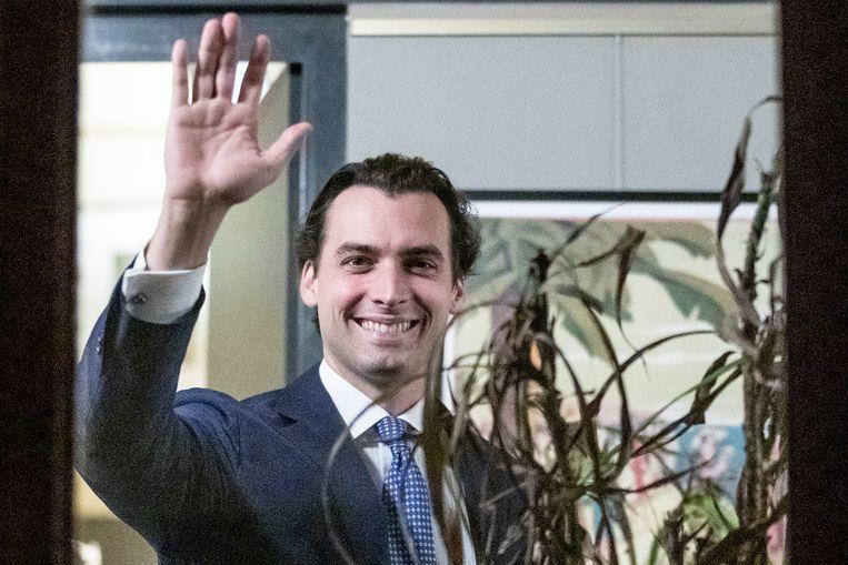 Thierry Baudet (FvD) op de partijkamer van Forum, op de dag dat Baudet terugkeerde in de Tweede Kamer. Beeld BSR Agency