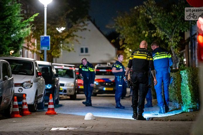 De politie deed maandagavond uitgebreid sporenonderzoek.