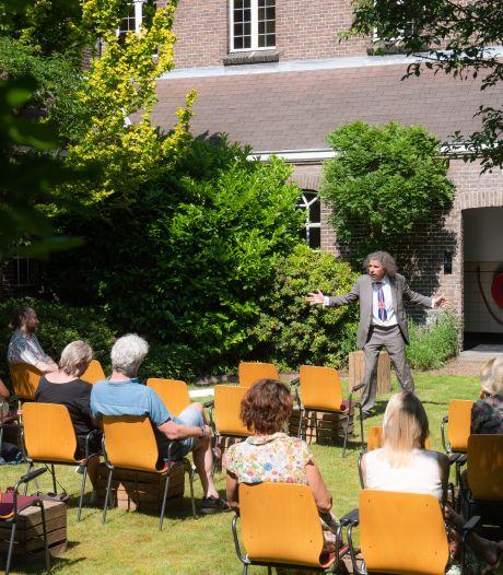 Voorstellingen tussen het groen in Bredase kloostertuin: 'We hebben allemaal cultuur nodig'