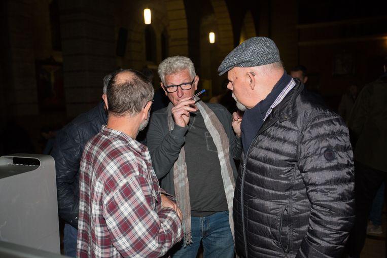 Regisseur Stefan Nouwen en Hubert Stalmans (rechts op foto).
