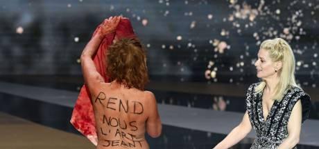 """Corinne Masiero assume son action choc aux César: """"Je suis contente de l'avoir fait"""""""