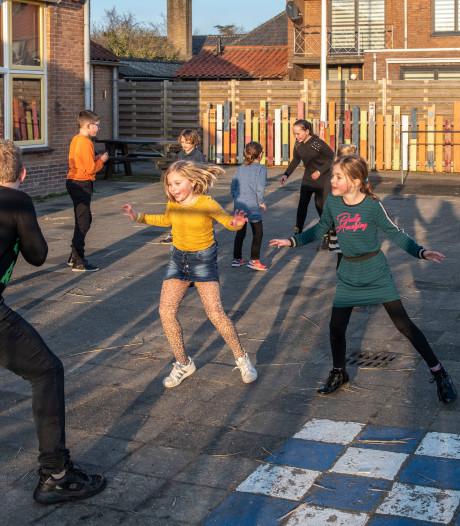 Kinderen Schoondijke spelen liever buiten dan online