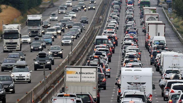 Vorige week was het op zwarte zaterdag ook al druk op de Franse wegen. Beeld afp