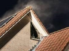 Zolder van woning in Emmeloord verwoest door brand: wasdroger lijkt de aanstichter