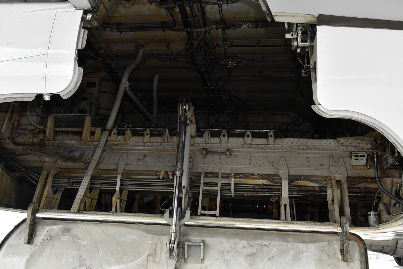 De ruimte boven de achterste vliegtuigwielen waarin verstekelingen zich verstoppen om een beter leven tegemoet te gaan.