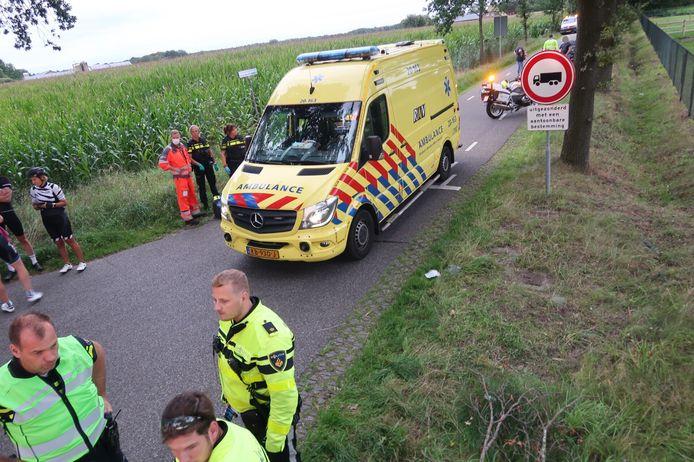Het ongeluk gebeurde op de kruising van de Rijsbergsebaan en Ballemanseweg in Breda.