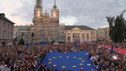 Polen buigt voor EU: ontslagen opperrechters mogen opnieuw aan de slag