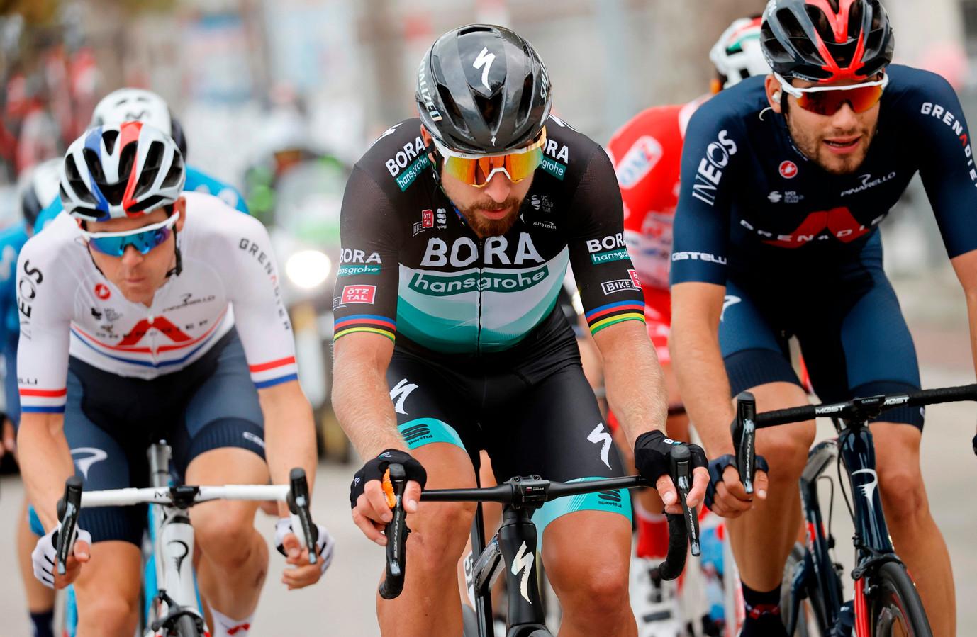 De kopgroep met Ben Swift, Peter Sagan en Filippo Ganna.