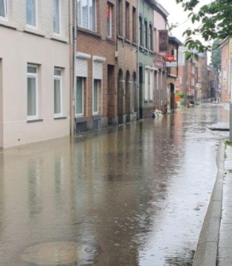 Ponts menaçant de s'effondrer et plusieurs centaines d'interventions en Brabant wallon, le centre de Wavre complètement inondé