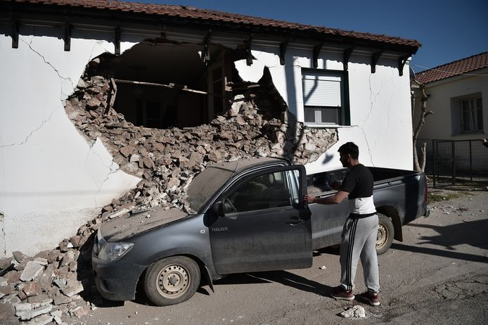 Schade in het dorp Damasi.