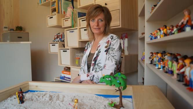 """Kindertherapeute Leen ziet wachtlijst enorm groeien sinds tweede lockdown: """"Ouders zitten op hun tandvlees en dat voelt hun kroost"""""""