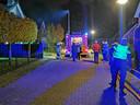 De brandweer bij het huis in Wehl waar korte tijd brand woedde.
