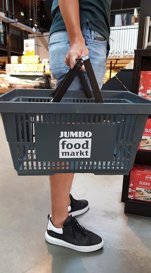 Een grijs mandje van de Jumbo Foodmarkt.