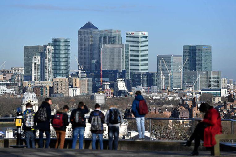 De wolkenkrabbers van Canary Wharf, het financiële hart van Londen.  Beeld AFP