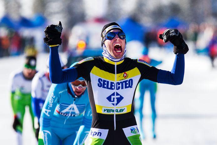 Het hoogtepunt van de loopbaan van Erwin Mesu, het winnen van de Alternatieve Elfstedentocht in 2015.