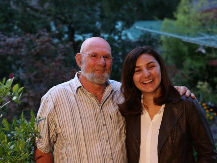 Egbert van Dijk en Mevan Babakar ontmoeten elkaar na 25 jaar weer voor het eerst.