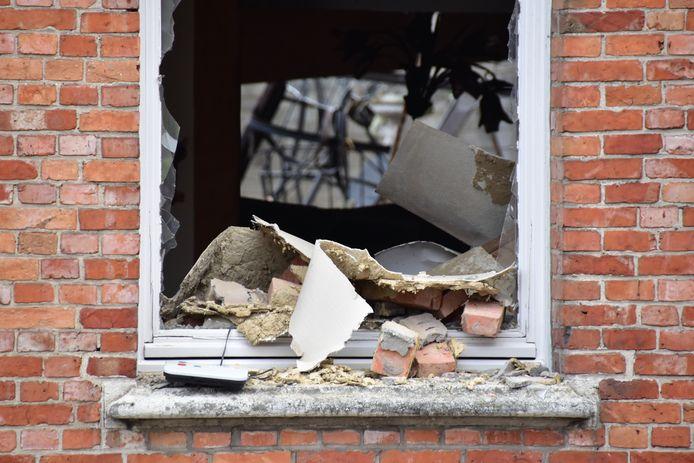 Binnenin de woning werd alles weggeblazen.