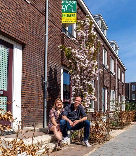 René verkoopt huis in Leidsche Rijn: 'Vroeger wilde je hier niet dood gevonden worden, nu gaan woningen als een gek'