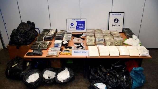 Leden Albanese drugsbende riskeren tot tien jaar cel na vondst 770 kilogram cocaïne en half miljoen euro