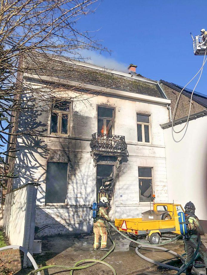 De brand in het huis van Mich Vynckier op de Steenweg.