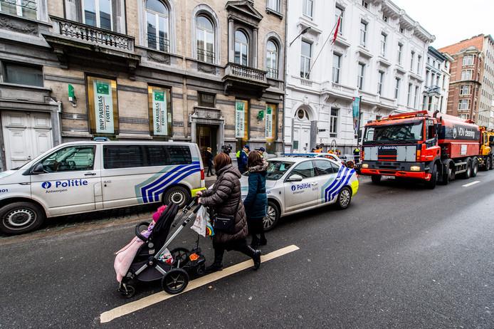 Twee Georgische verdachten blijven in de cel voor de bankkraak op BNP-Paribas in Antwerpen.