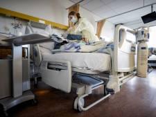 Coronapiek in regio Amersfoort, maar veel minder doden dan in tweede golf: 'Effect vaccinatie zichtbaar'