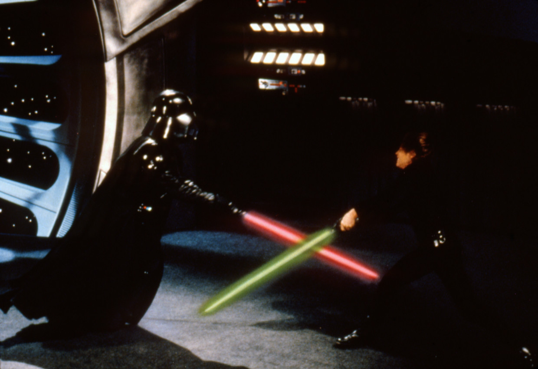 Lightsabergevecht in Star Wars.   Beeld Getty