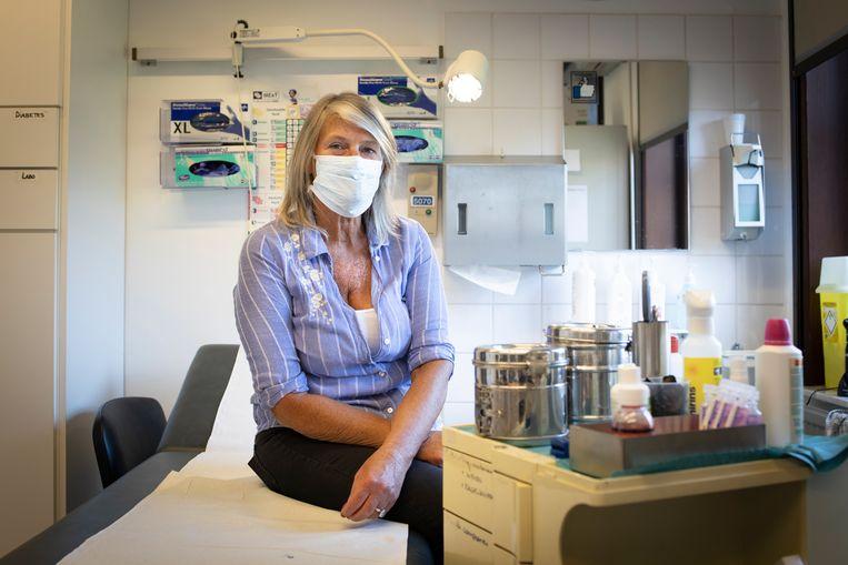 Verpleegster Ann (56): 'Kalmeermiddelen in plaats van drugs.' Beeld Lieve Blancquaert