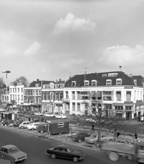 Het Stationsplein is terug: net zo mooi als het plein in 1971?