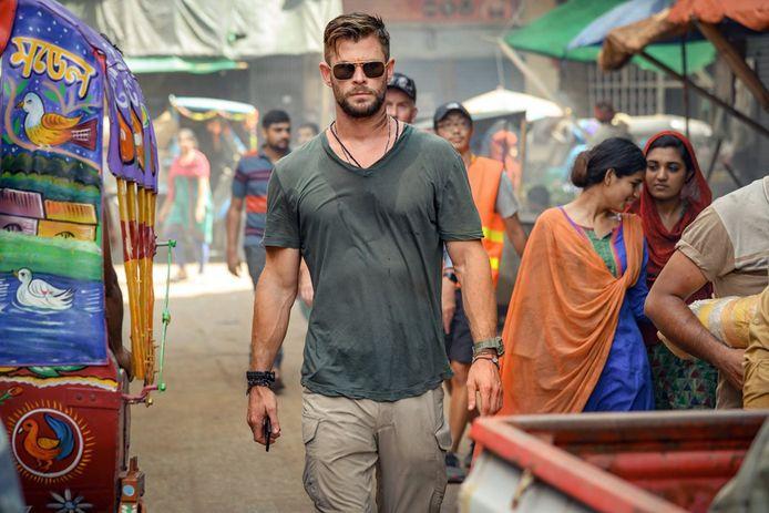 """Chris Hemsworth, sur le tournage du film """"Extraction""""."""