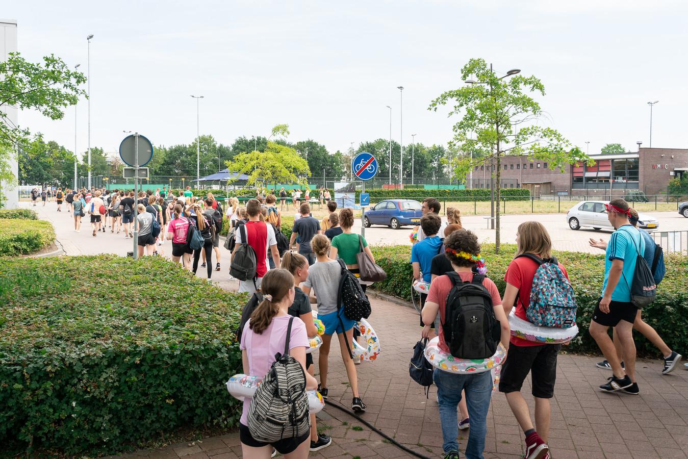 Sportdag op de campus van de Wageningen universiteit tijdens de introductie.