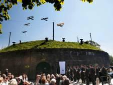 Amerikanen doneren 25.000 euro aan Vliegeniersmuseum in Vuren
