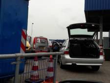 Milieustraat Albion Tilburg tijdelijk ontruimd na vondst mogelijk explosief