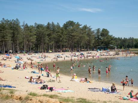 Zandenplas en Strand Nulde-Zuid afgesloten voor extra bezoek: maximum aantal mensen bereikt