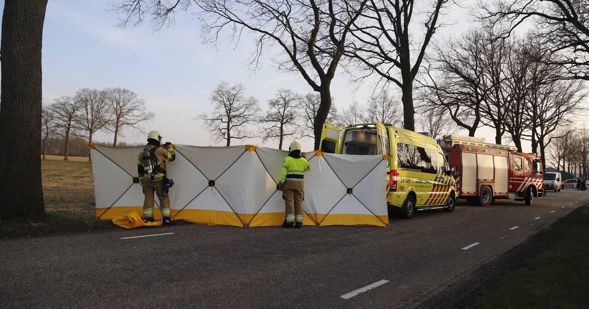 Automobilist gewond bij ernstig eenzijdig ongeluk in Beers.