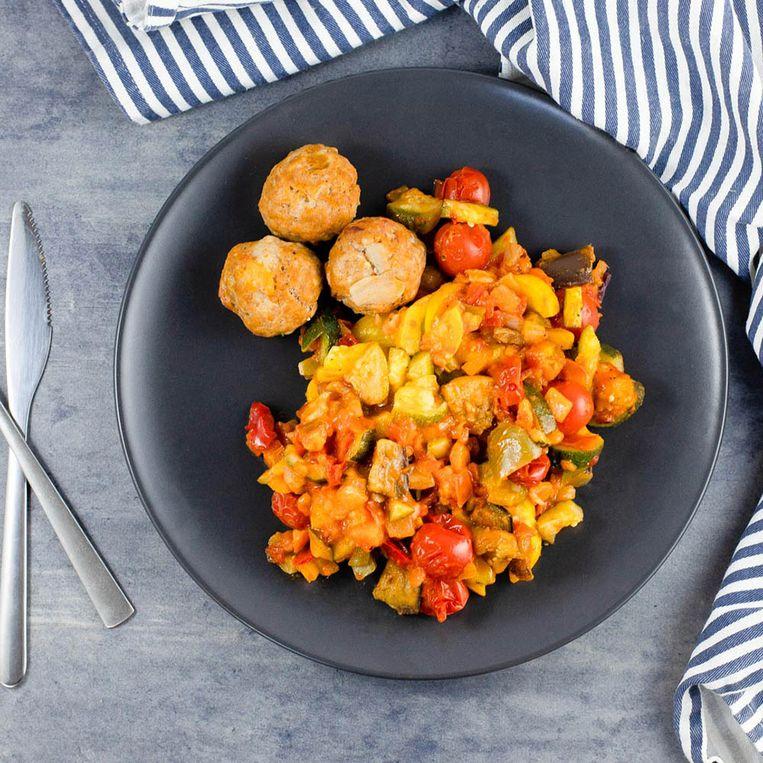 Mealhero: vegetarische chickpea-groentenpan Beeld rv