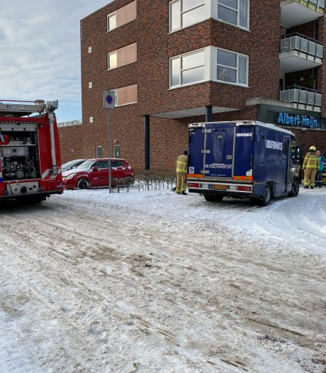 Brand in waardetransportauto te Warnsveld