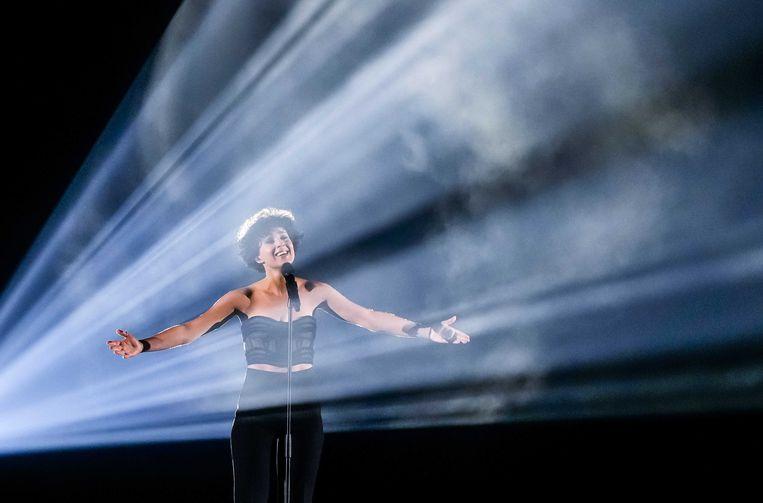 Barbara Pravi bracht voor Frankrijk het nummer 'Voilà'. Beeld EPA