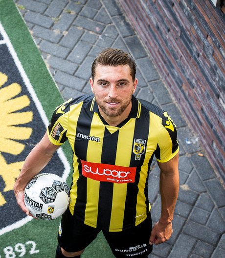 Ook spelers kunnen Vitesse-fans niet naar Rotterdam lokken