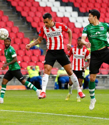 Kippenvel in Eindhoven: Zahavi draagt goal op aan zijn vrouw