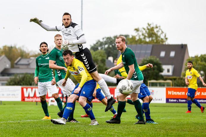 Dongen zakte na het vierde gelijkspel in zeven wedstrijden naar de zestiende plaats.